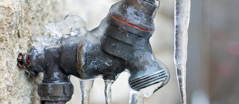 Preparar bomba de agua para el invierno